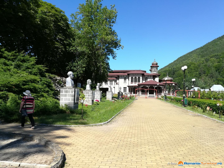 Slanic Moldova - turism de recreere si tratamente balneare