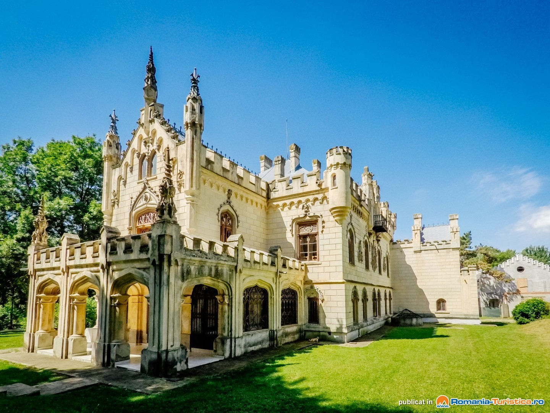 Castelul Sturdza de la Miclauseni - capodopera arhitecturala in stil neogotic