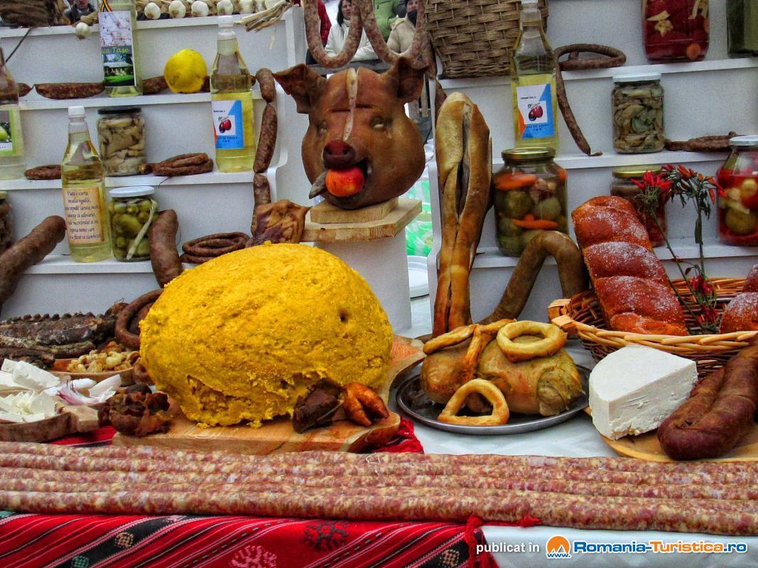 Festival Internațional de Pomana Porcului la Băile Balvanyos