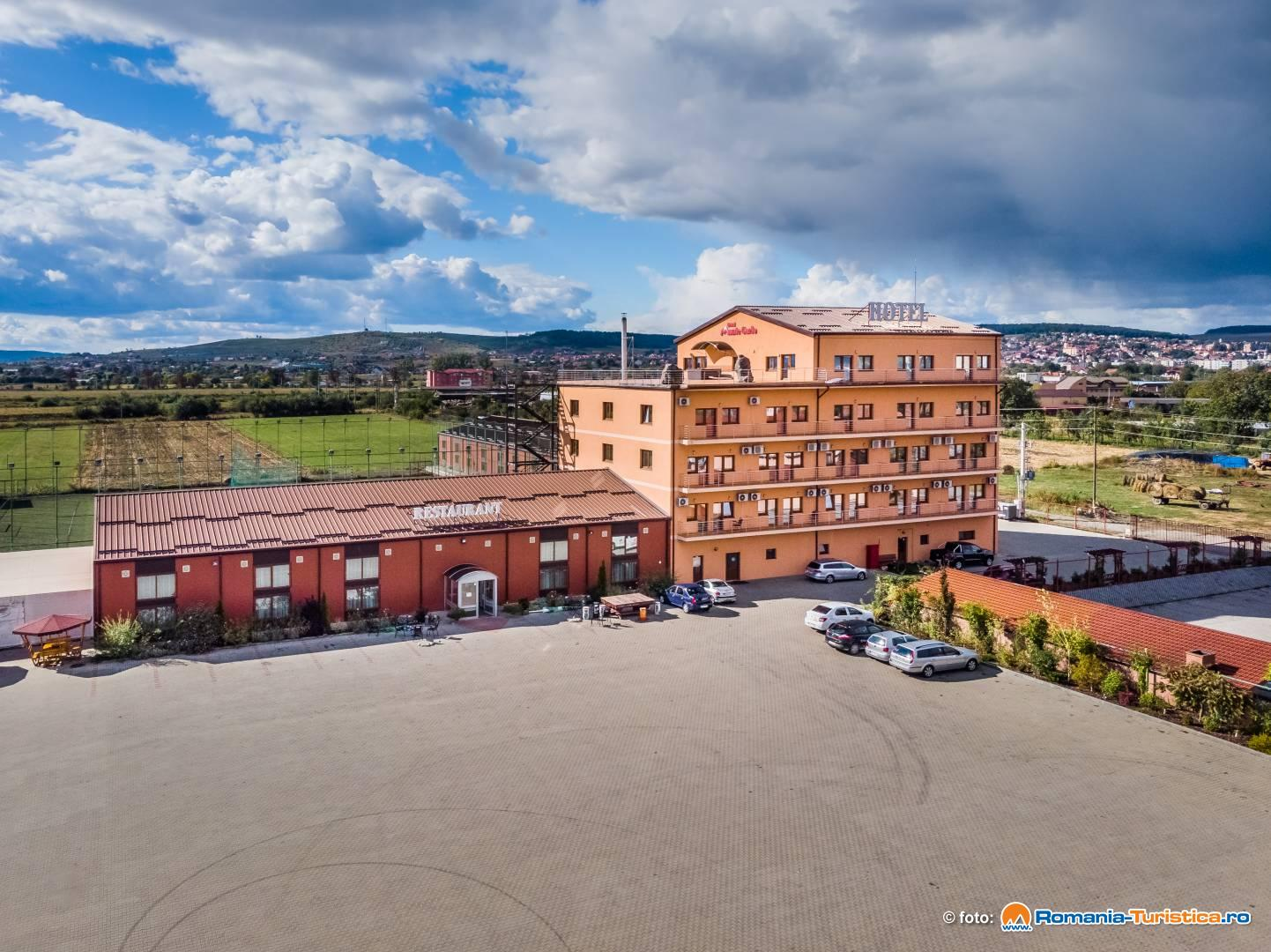 Hotel Monte Carlo Reghin Cazare Reghin